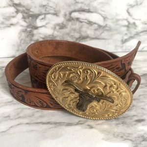 Accessories - Vintage western style leather brass buckle belt